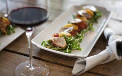 Combinar el vino y la comida de forma adecuada
